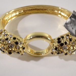 Banana Republic Crystal Lion Head Bracelet NWT 125